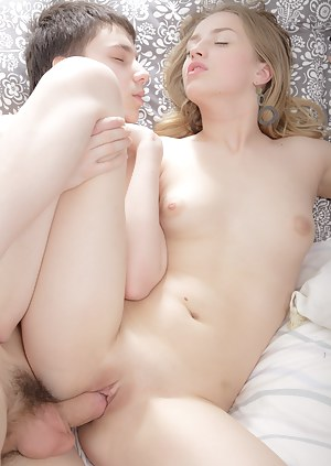 Sexy Teen Passionate Sex Porn Pictures