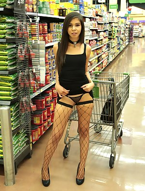 Sexy Teen Fishnet Porn Pictures