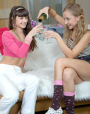 Sexy Drunk Teen Porn Pictures