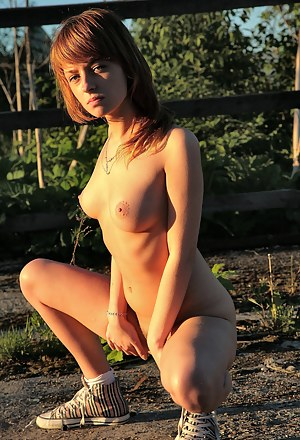 Sexy Teen Farm Porn Pictures